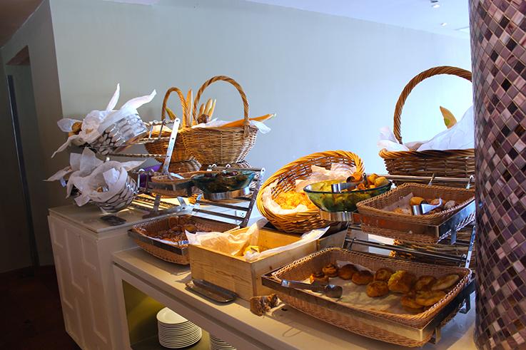 Frühstücksbuffet_Angsana_Laguna_Phuket_Thailand_Luxushotel_Reiseblog_Hotelbericht