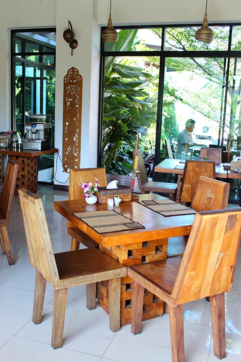 Navatara Phuket Resort Hotel Thailand Hotelbericht Reiseblog Restaurant