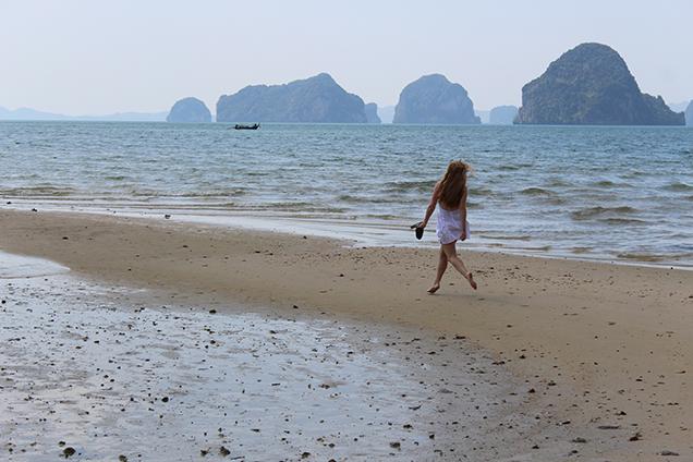 Weißes Strandkleid Outfit Thailand Strandlook Urlaub Modeblog 6