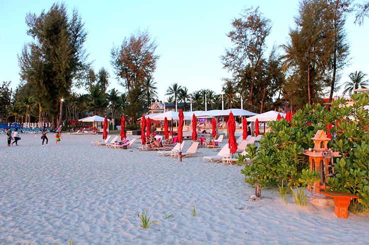 Xana_BeachBar_Traumstrand_Angsana_Laguna_Phuket_Thailand_Luxushotel_Reiseblog