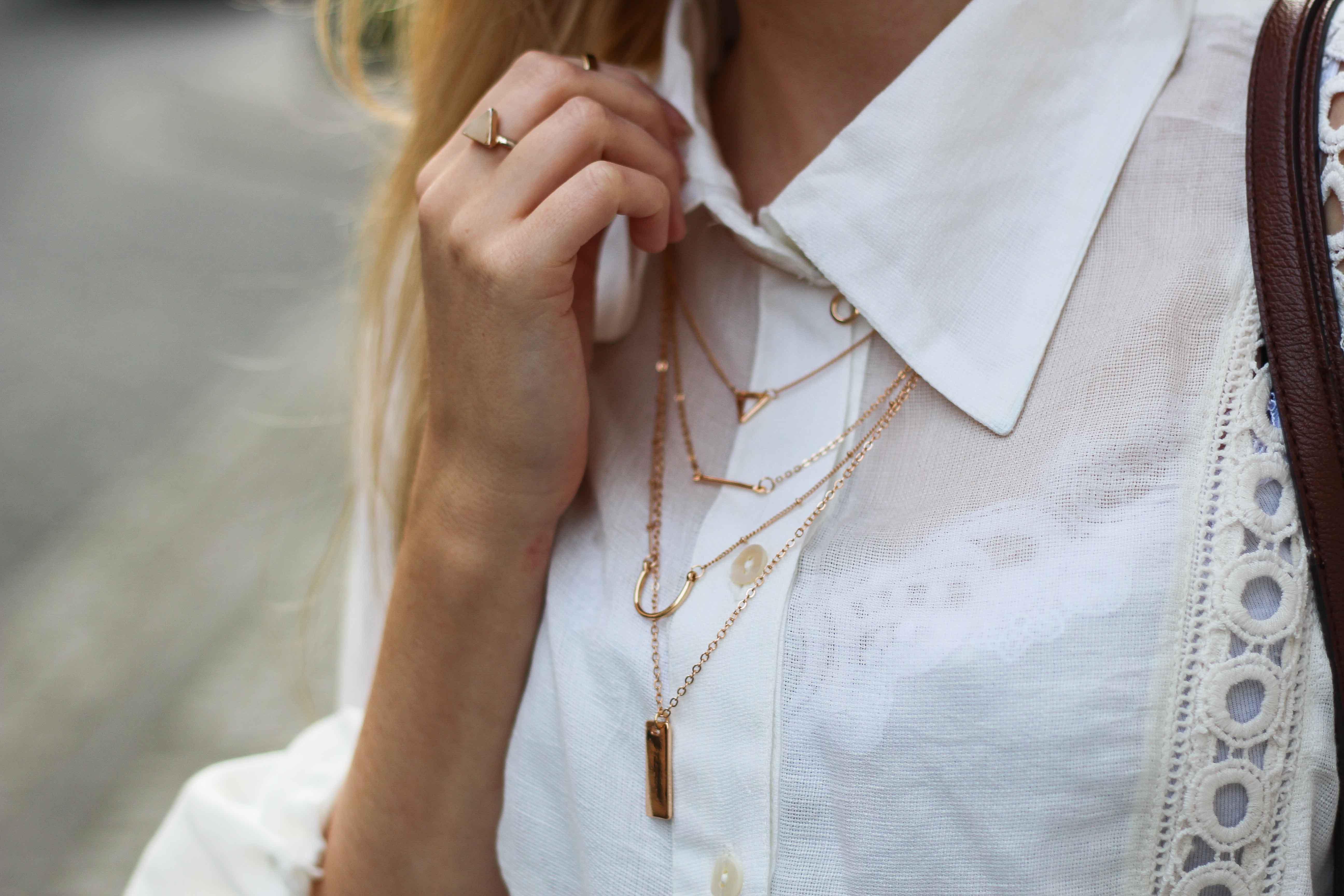 Goldener Schmuck Mehrschichtige Halskette Gold Happiness Boutique 7