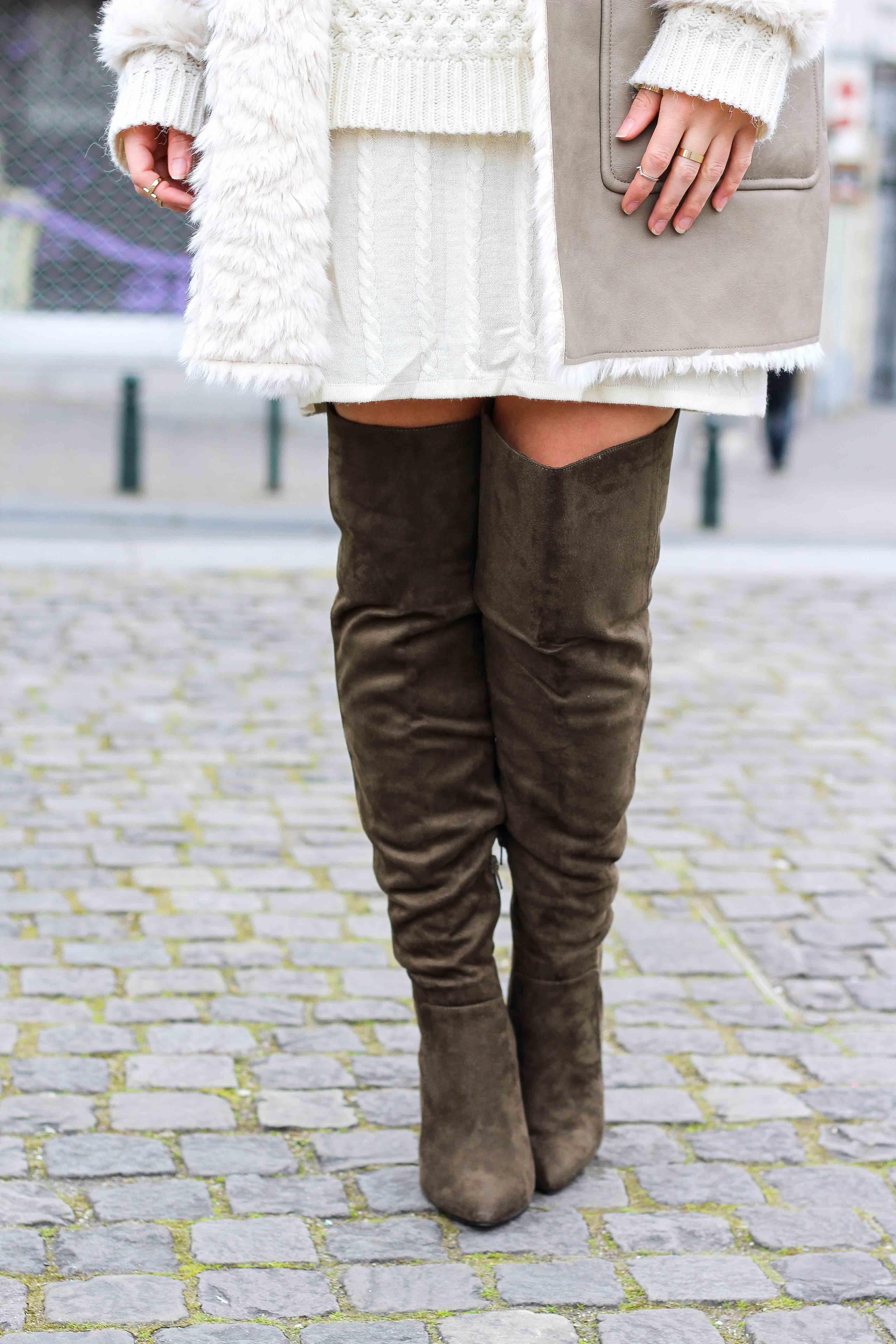 Grüne Overknees Zara Ledermantel Overknee Stiefel Nude Wollkleid Fashion Look Modeblog 92