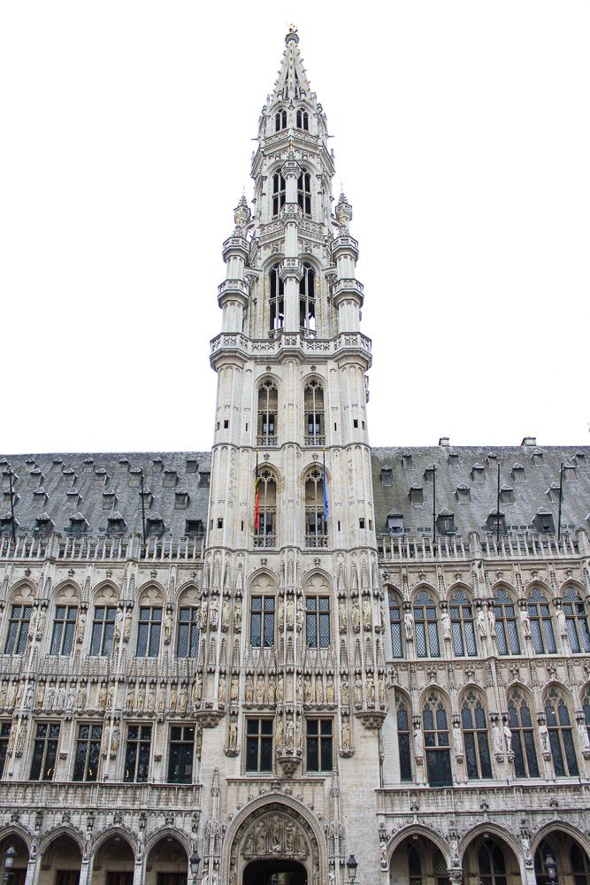 Reiseblog Brüssel Sightseeing Architektur Grand Place Sehenswürdigkeit Rathaus