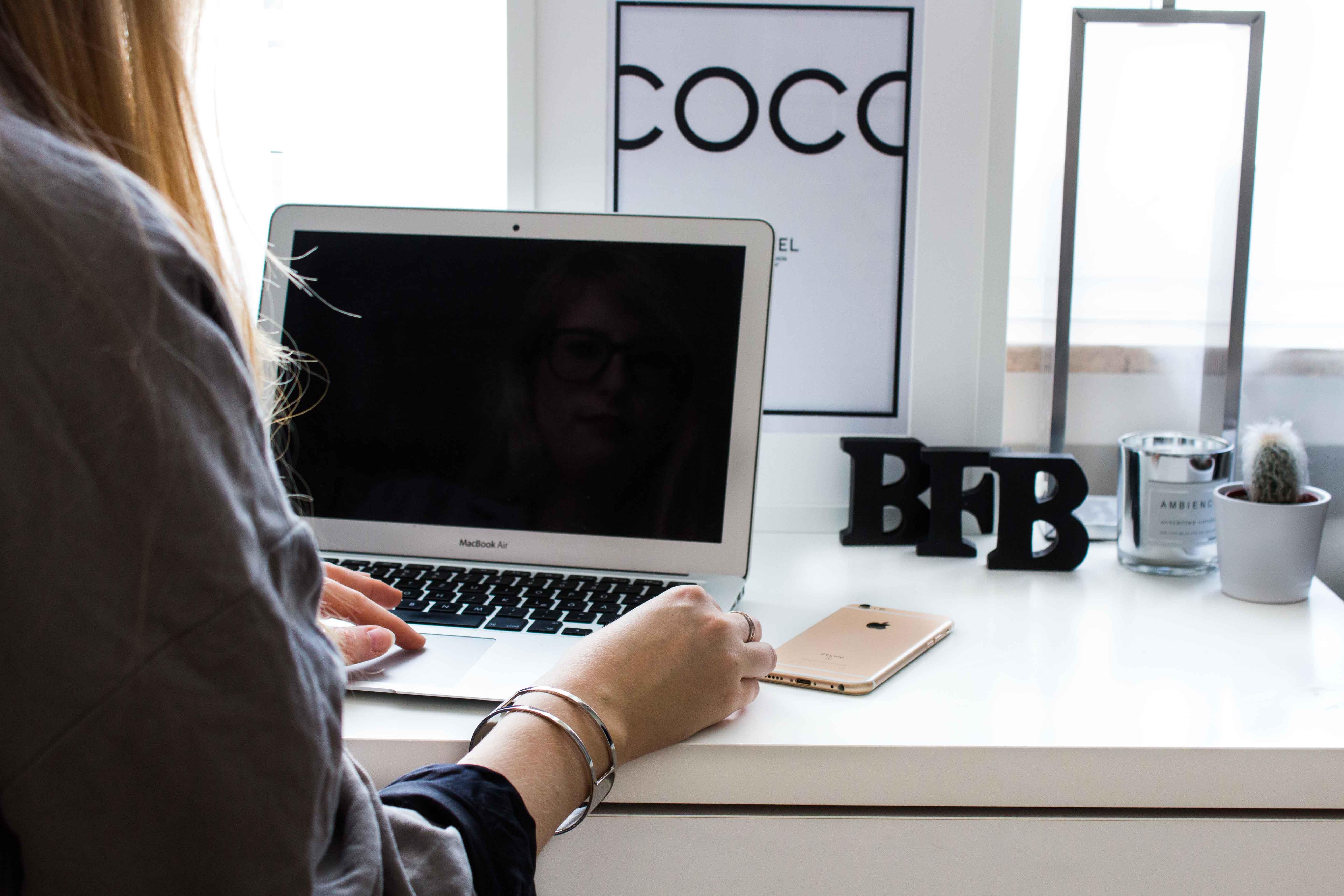 Bloggen trotz Vollzeitjob Modeblog Modebloggerin Deutschland Blogger Chanel