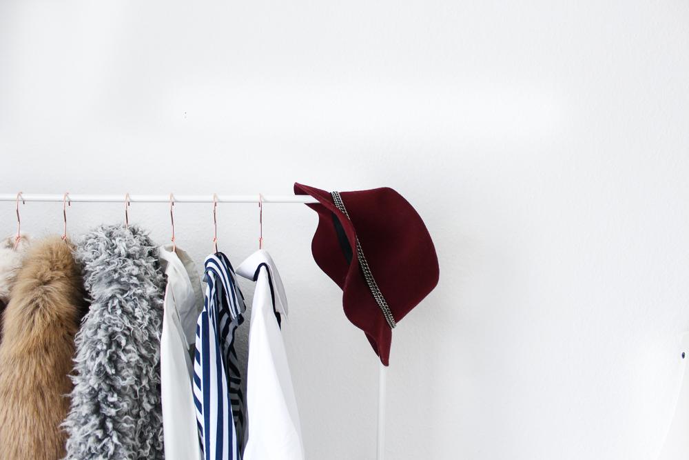 Interior Ankleidezimmer Kleiderstange Einrichtung Inspiration weiß