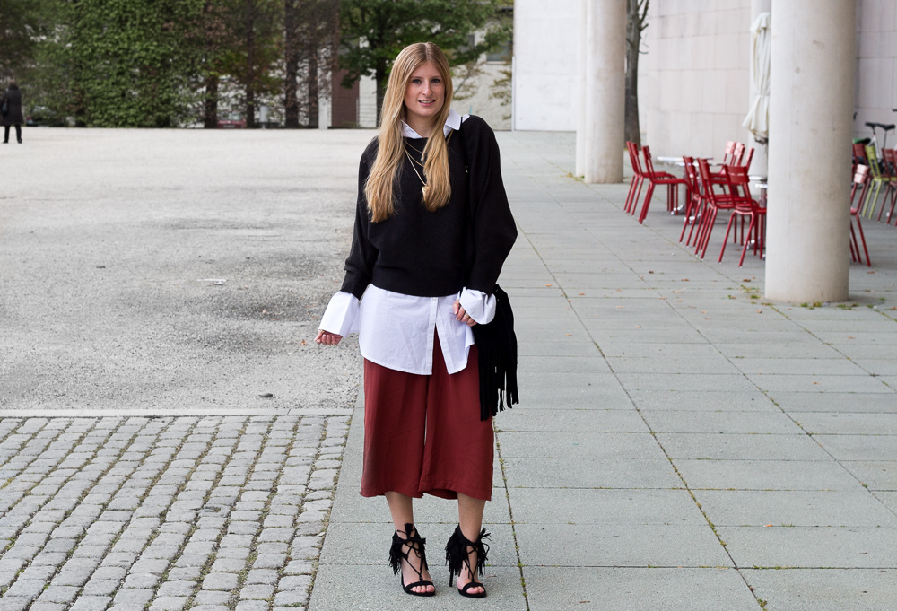 Weinrote Culotte kombinieren OOTD Outfit Fransen High Heels JustFab Fashion Blog 8