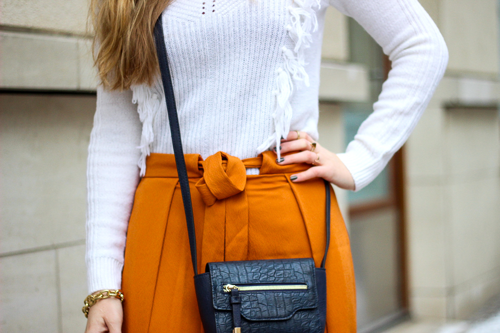 Im Culotte Fieber: Orange Culotte im Fashion Look