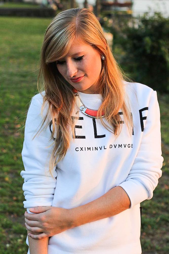 CELFIE Sweater casual OOTD Sonnenuntergang Rhein Bonn Modeblog 5