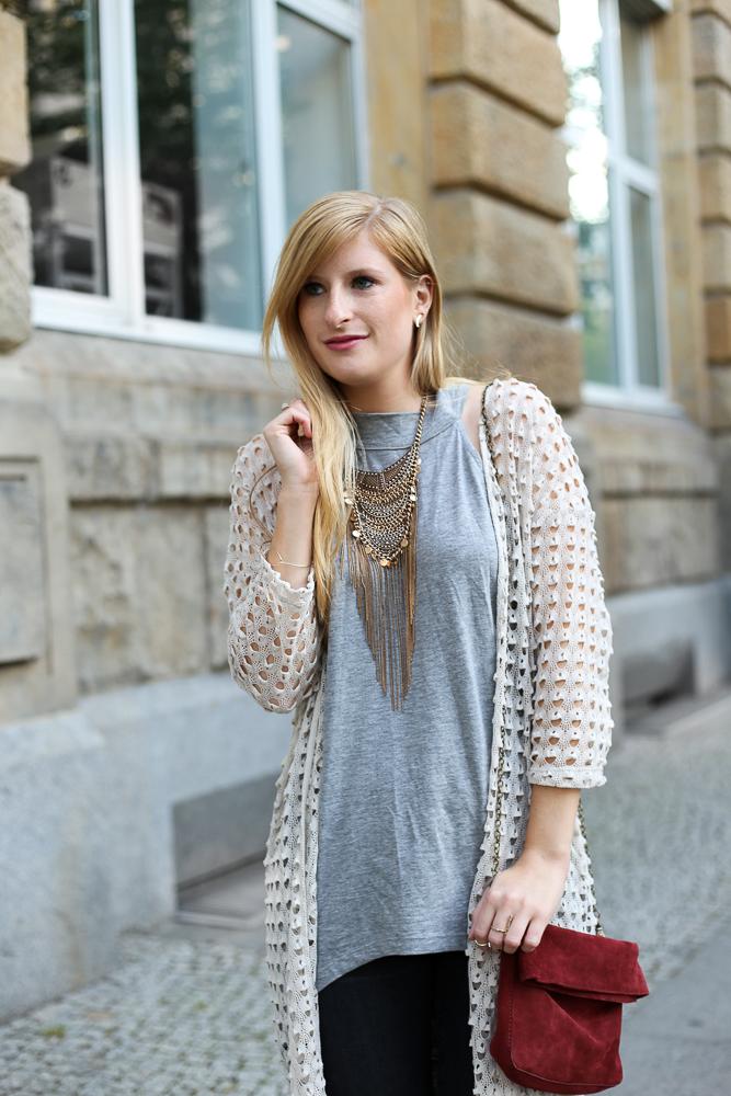 MBFW Look Vero Moda Vokuhila Shirt Grau Statement Kette Modeblogger BrinisFashionBook 8