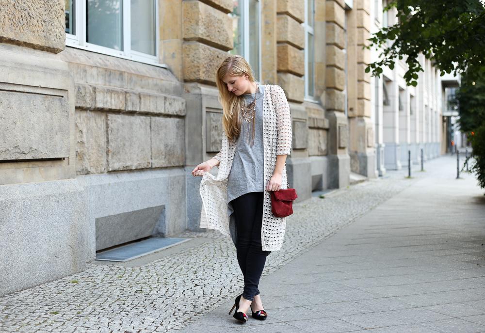 MBFWB Look Vero Moda Sommeroutfit Statement Kette Blogger BrinisFashionBook 9