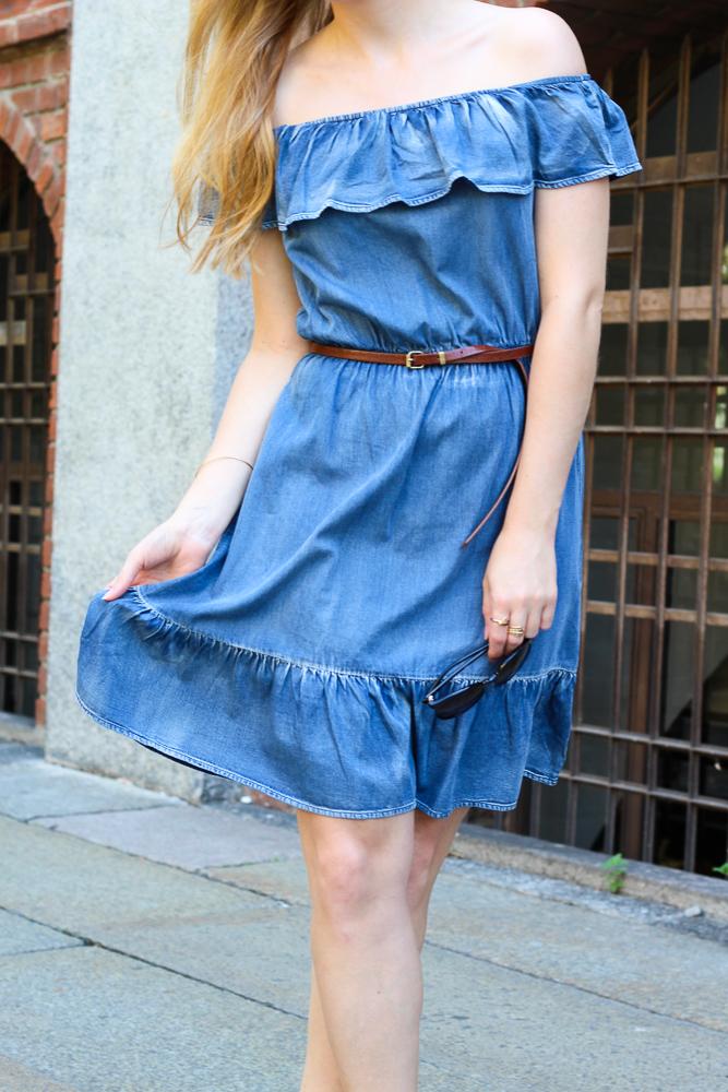 Off-Shoulder Jeanskleid schulterfrei JustFab Mailand Modeblog Outfit Blogger 6