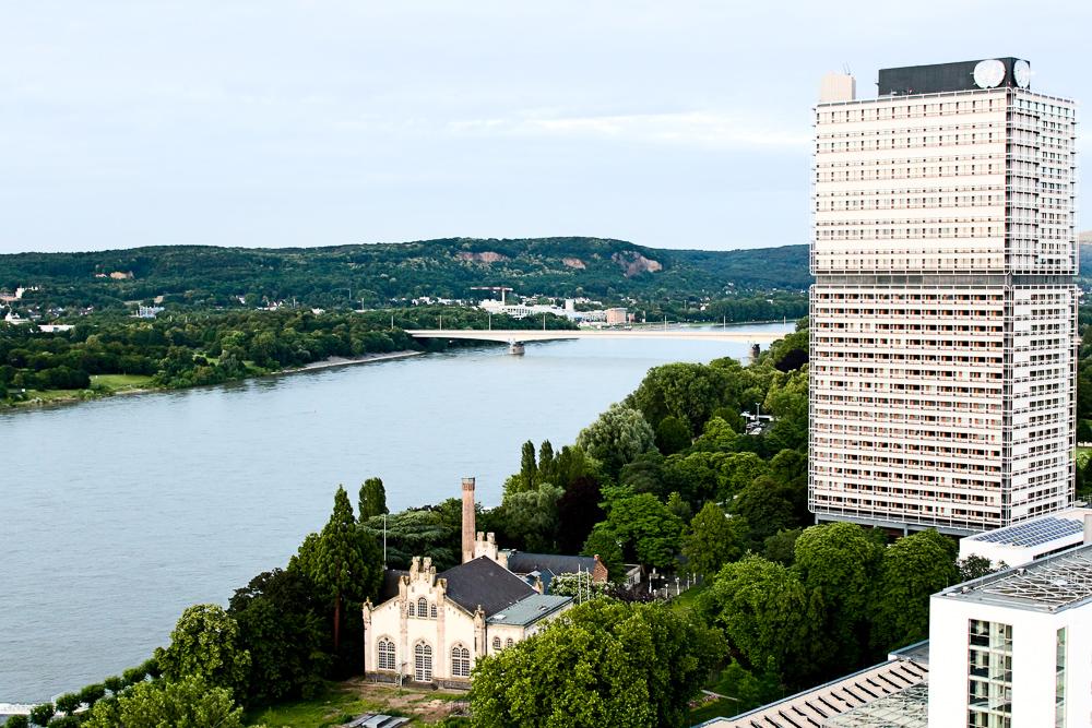 Hotel Bonn Marriott Skyline-bar Konrads Ausblick Rheinblick Bonn Siebengebirge Reiseblog