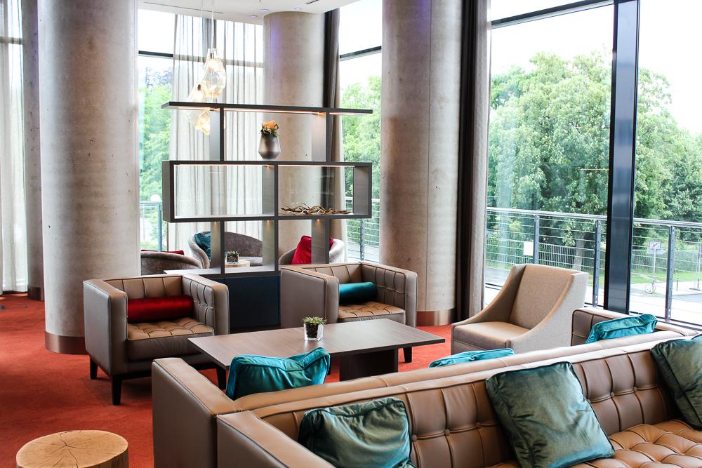 Hotel Bonn Marriott World Conference Center Executive Lounge Luxushotel Reiseblog Bonn