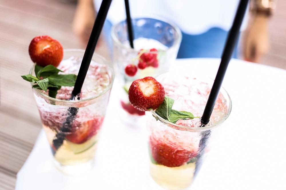 Mercure Blogger Event Chef Spezial Hamburg KAI 10 Food Blogger Gin Cocktails Erdbeere