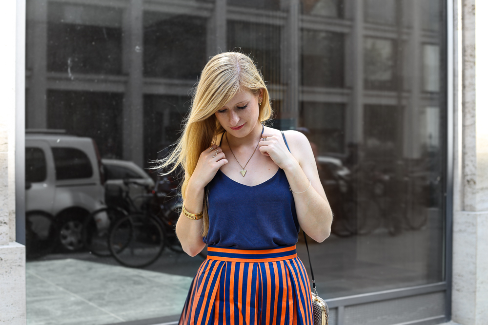 Streetstyle Berlin MBFW Fashion Week Look blaues Zara Top 2