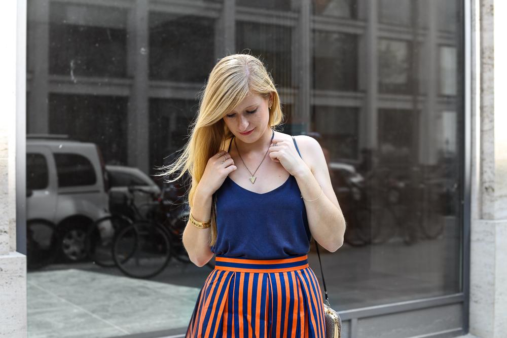 Streetstyle Berlin MBFW Fashion Week Look blaues Zara Top 2