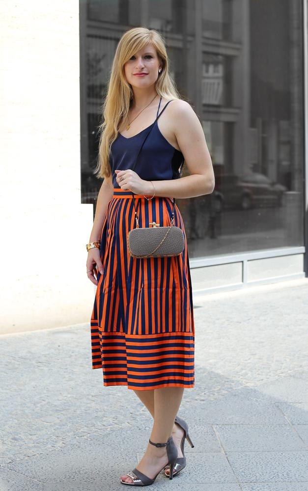 Streetstyle Berlin MBFW Look blaues Zara Top Modeblog 7