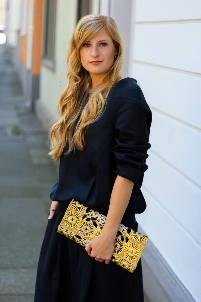 All Black Zweiteiler Anne Gorke Schwarz Clutch Abury Sparkle Store Outfit Modeblog Köln 4
