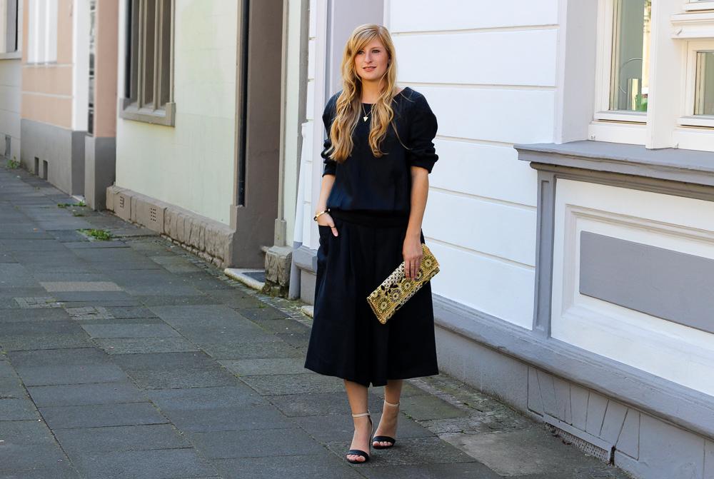 All Black Zweiteiler Anne Gorke Schwarze Culotte Clutch Abury Sparkle Store Outfit Modeblog 9
