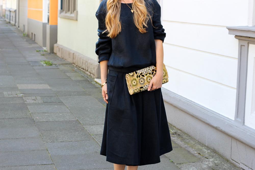 All Black Zweiteiler Anne Gorke Schwarze Culotte Clutch Abury Sparkle Store Outfit Modeblog Köln 7