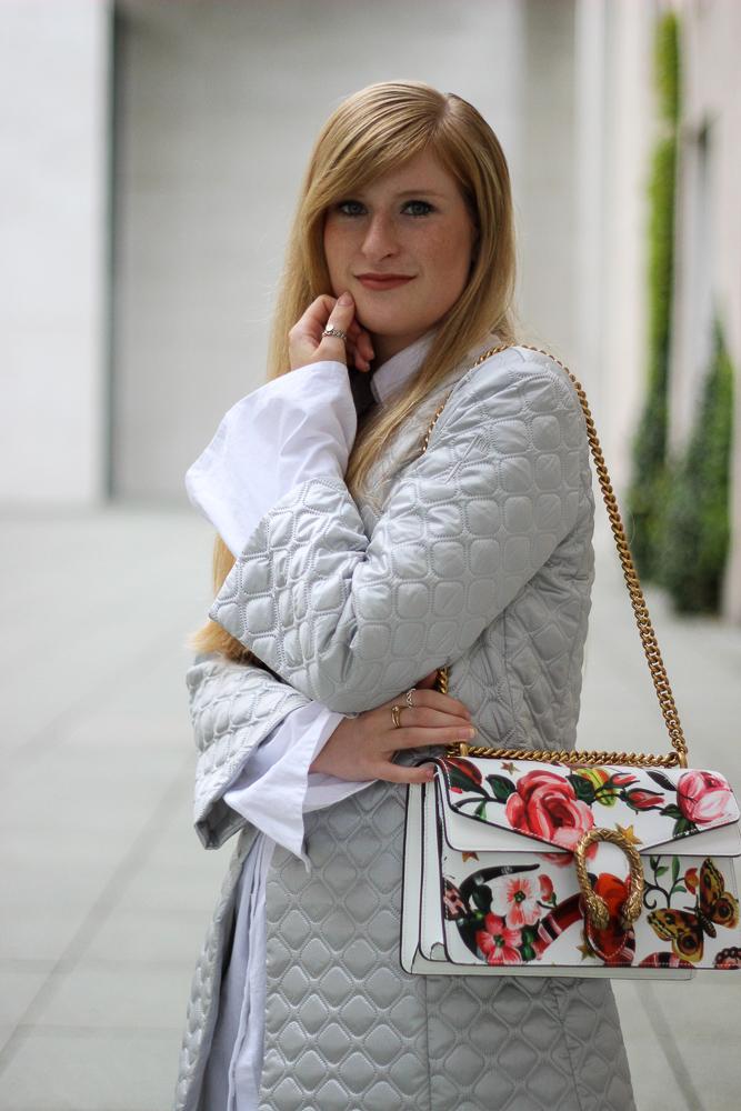 Gucci Dionysus Garden Print Floral Print Silberne Jacke Tasche Muster kombinieren Modeblog Köln Streetstyle 8