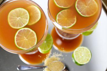 Mädelsabend Cocktail The Pink Hour Pink Guave Drinks Rum Limette exklusive Foodblog Rezept