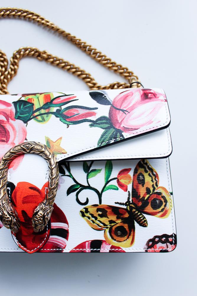 exklusive Designertasche Gucci Dionysus Garden-Print Modeblog Trendtasche bunt Blumen Weiß Gold