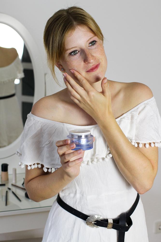 Hautpflege Paradoxe Serie Beauté Pacifique Beauty Blog Anti Aging Gesichtscreme Hautcreme Anwendung