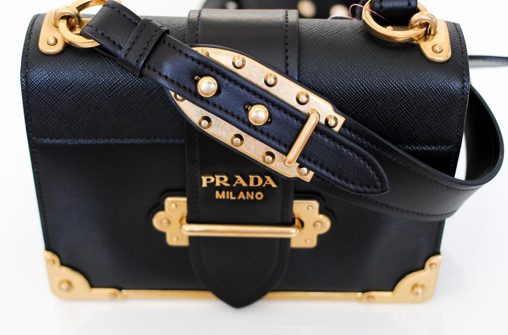 Prada Trend Tasche Prada Cahier Bag Herbst IT-Bag Schwarz Gold Modeblog