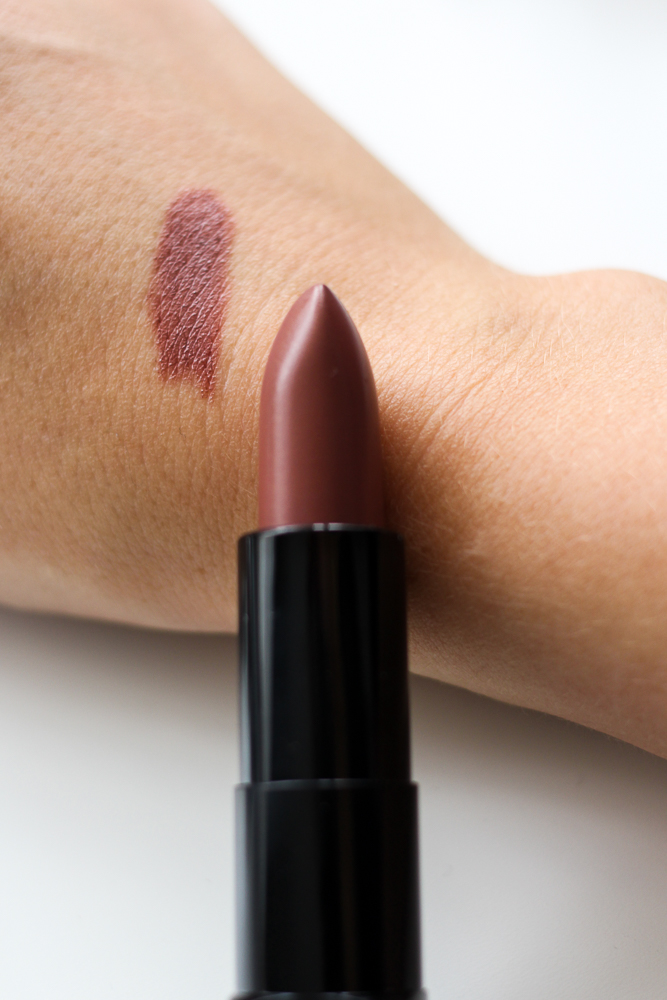 Beauty Favoriten Herbst Manhattan Nude Lippenstift Braun Swatch Herbsttrend 2016 Blogger Deutschland
