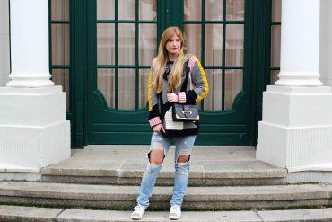Streetstyle Look Bunter Wollpullover Asos Statementpullover Ripped Jeans Fashion Blog Köln t