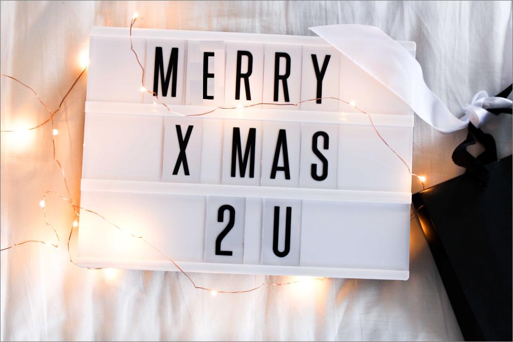 tischleuchte-Kino-Leuchtreklame-Radbag-Marry-X-Mas-Weihnachtsgeschenke-Blog-Tipps