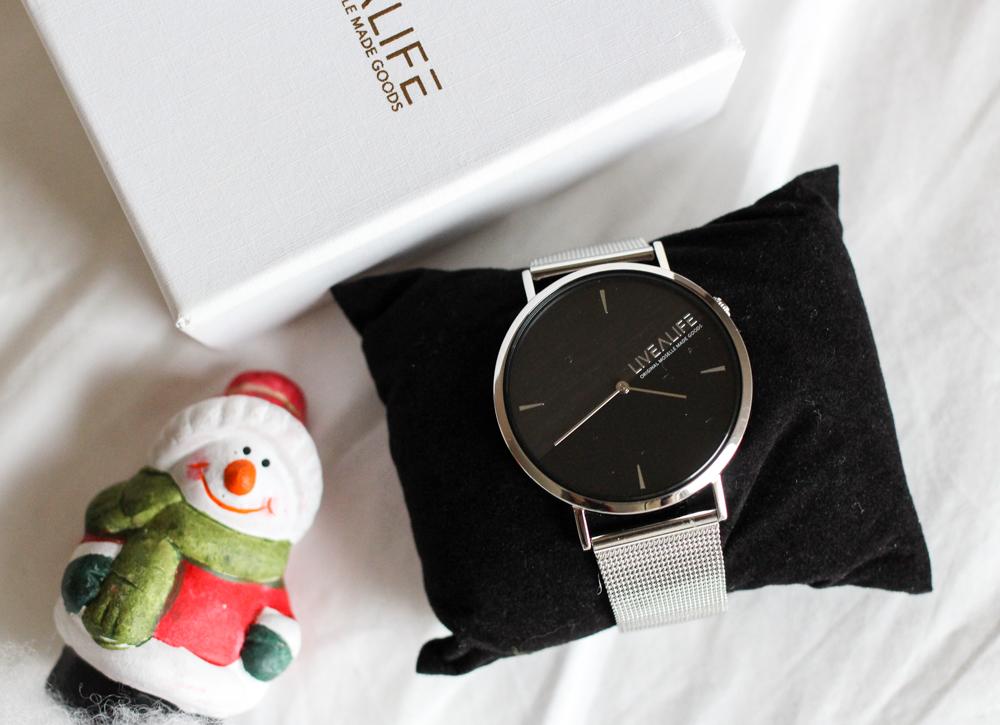 Advents-Gewinnspiel mit Sparkle Store: silberne Uhr von LiveaLife