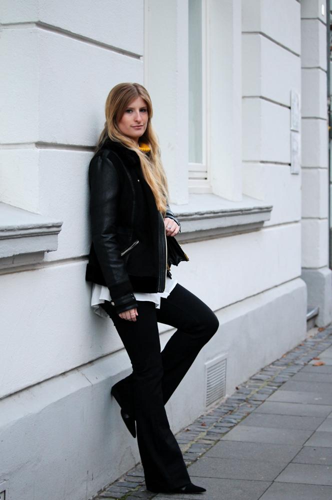 Schlaghose kombinieren Prada Tasche Modeblog Bonn Streetstyle