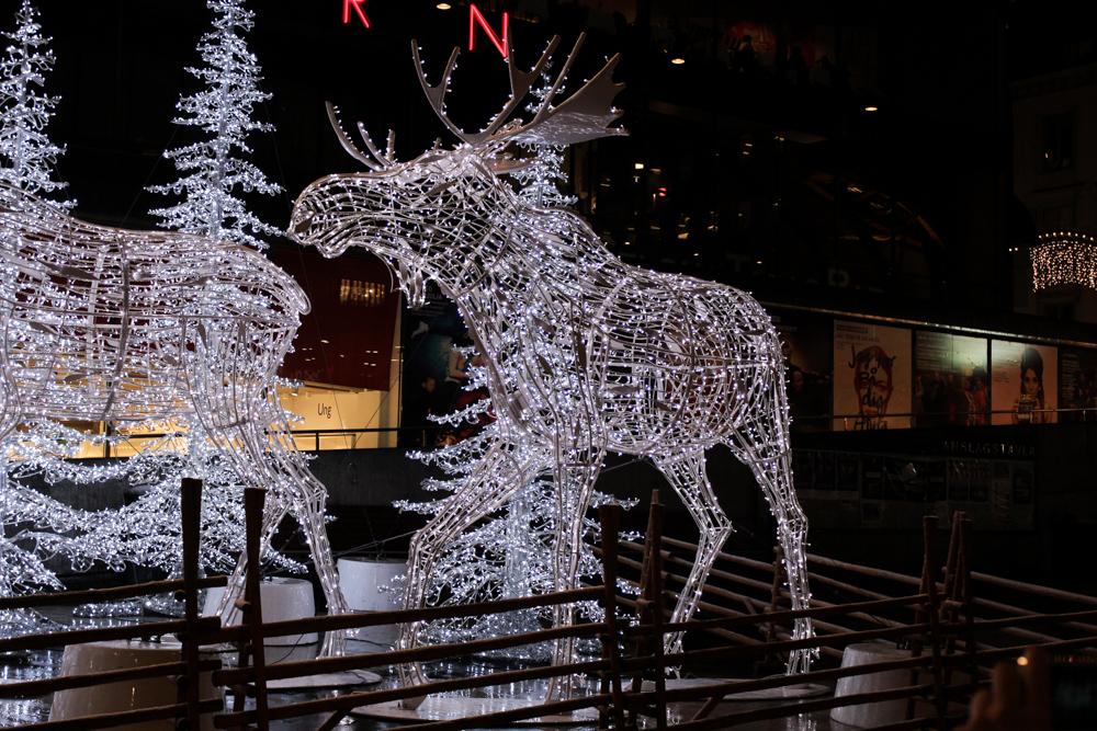 Stockholm Weihnachtszeit Tipps Weihnachtsdekoration Elch Christmas Reiseblog