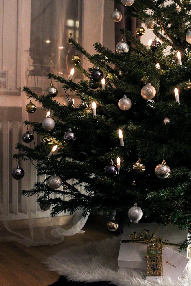 Weihnachtsdekoration Deko Idee Weihnachten Weihnachtsbaum Kugeln Ikea