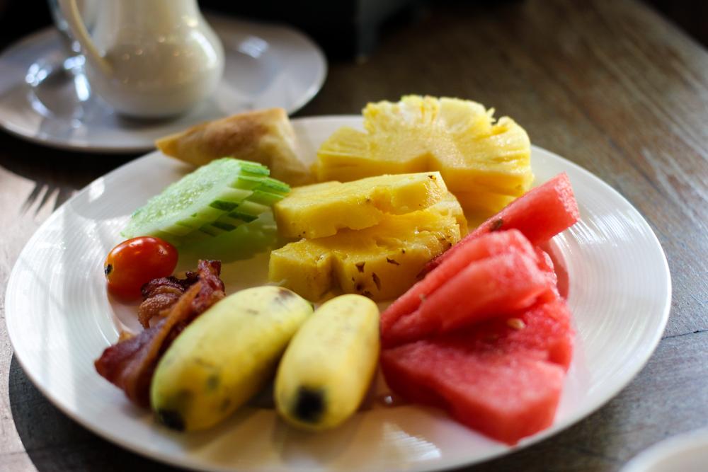 Chivapuri Beach Resort Hotel Koh Chang Thailand Frühstück Früchte