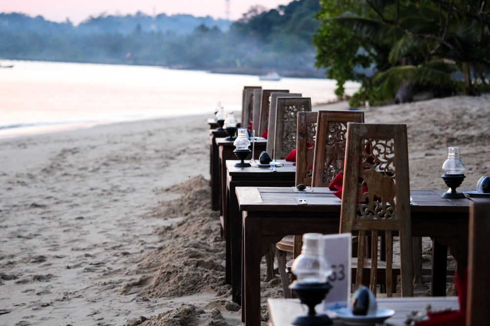 Chivapuri Beach Resort Hotel Koh Chang Thailand Traumstrand Strandrestaurant Beach