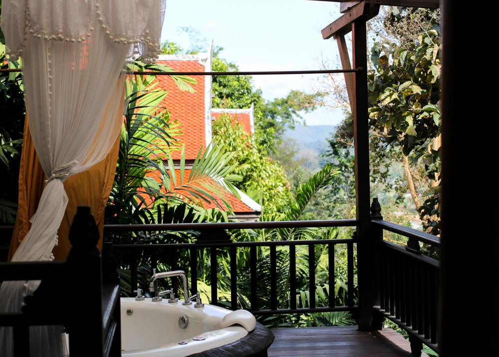 Panviman Spa Resort Hotel Chiang Mai Jacuzzi Villa Zimmer Thailand Reiseblog Whirlpool Terrasse