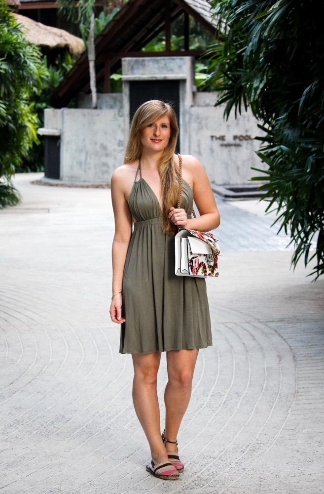 Strandkleid Neckholder Grün Asos Gucci Dionysus Garden Print Modeblog Thailand Outfit
