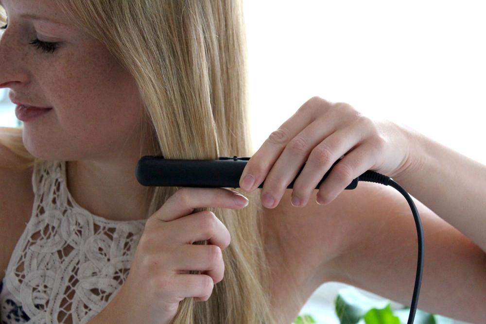 Braun Satin Hair 1 Style&Go Mini-Haarglätter Reisegröße Reisegepäck Styling Urlaub