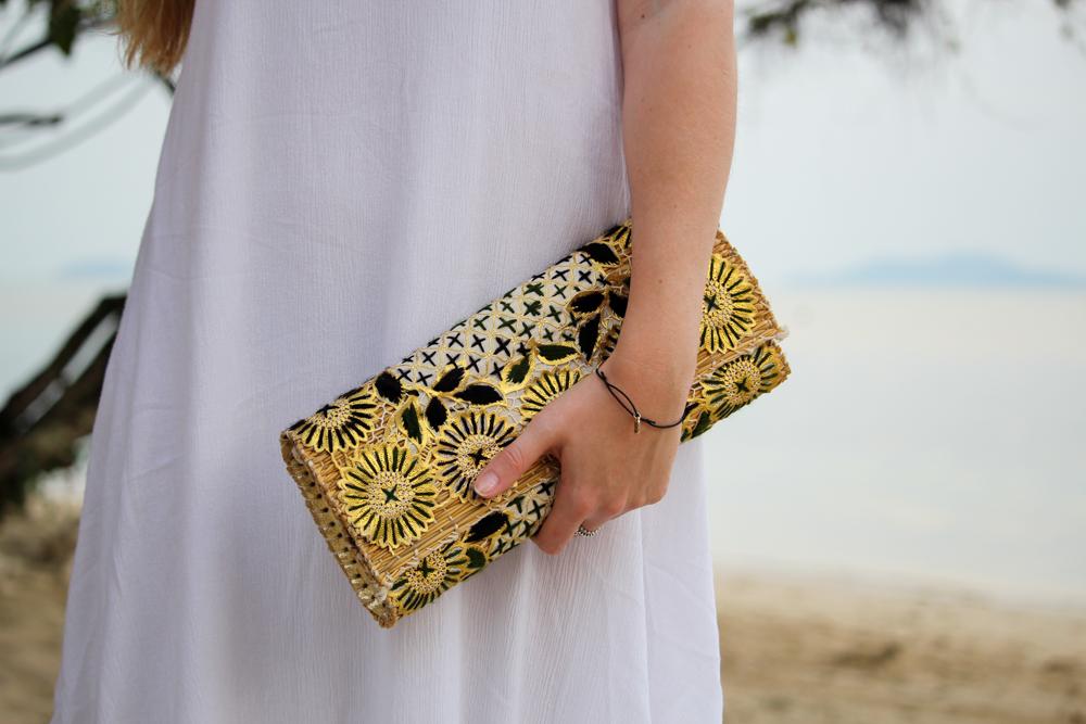 Thailand Outfit gemusterte Clutch Strandlook Koh Chang Modeblog