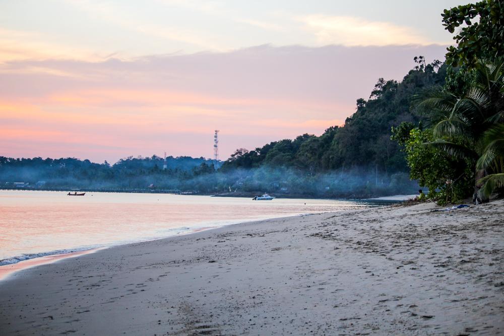 Thailand Rundreise Route Koh Chang Sonnenuntergang Klong Kloi Beach Traumstrand Reiseblog Travelbloggger 2
