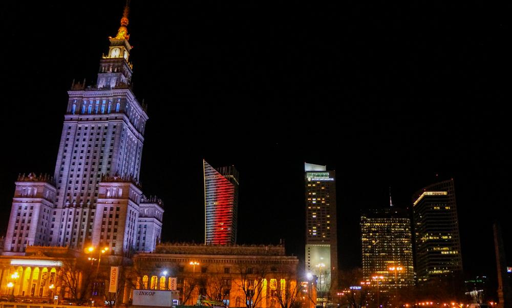 Top 10 Tipps für Warschau Insider Tips Warschau Polen Sehenswürdigkeiten Skyline Nacht Kulturpalast
