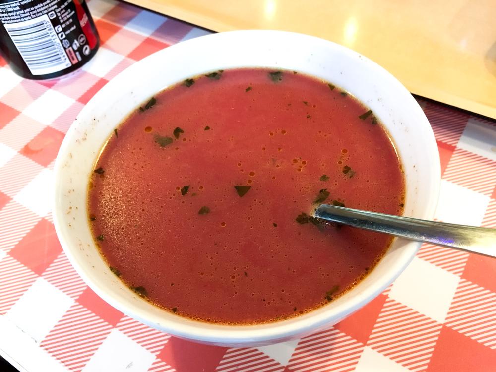 polnische Spezialität Essen Rote Beete Suppe Top 10 Tipps für Warschau Insider Tips Warschau