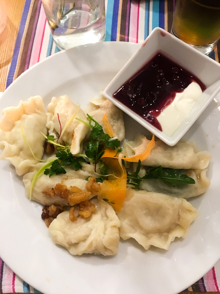 polnische Spezialität Essen Piroggi Piroggen Top 10 Tipps für Warschau Insider Tips Warschau