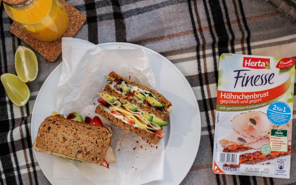 Herta Finesse Blogger Workshop Signature Sandwich Rezept Avocado Erdbeere Gouda Hähnchenbrust Kürbiskernen 3