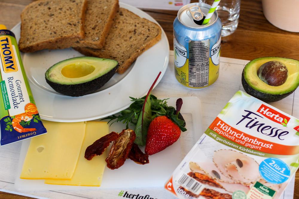 Herta Finesse Blogger Workshop Signature Sandwich Rezept Zutaten Avocado Erdbeere Gouda Hähnchenbrust