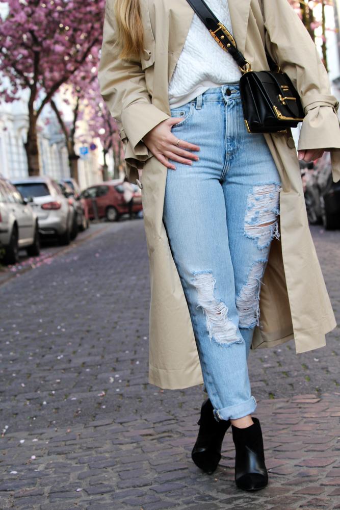 MOM Jeans Streetstyle Blog Kirschblüten Heerstraße Bonn Outfit