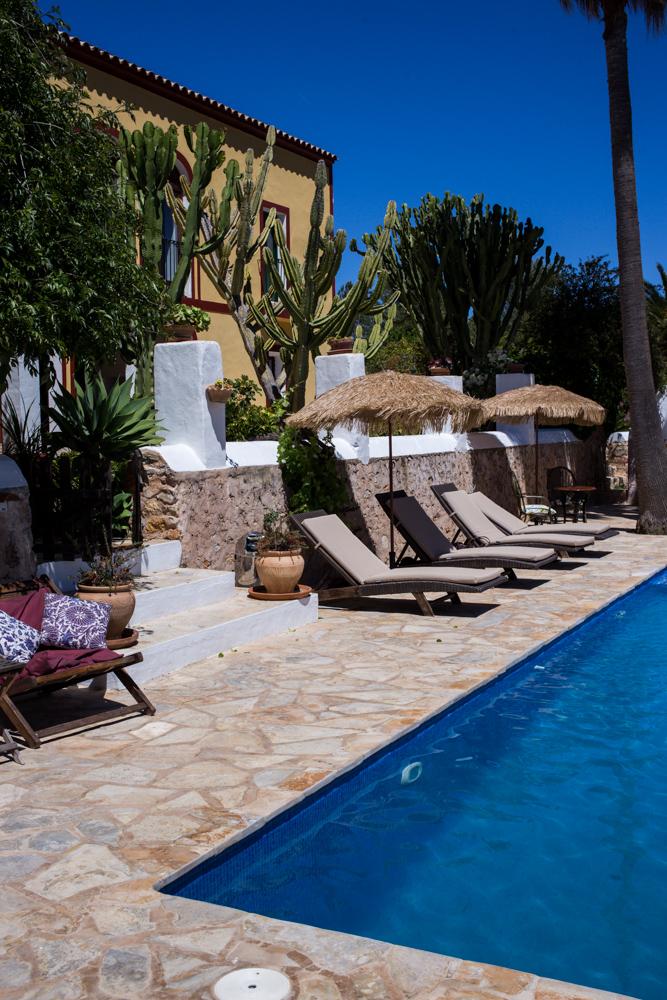 Ibiza Villa Typico San Miguel Traumvilla OneVillasIbiza Pool Travelblog
